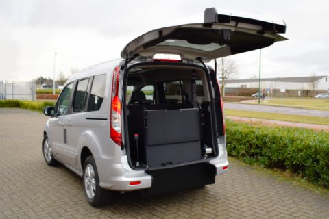 Ford Tourneo Connect rolstoelauto