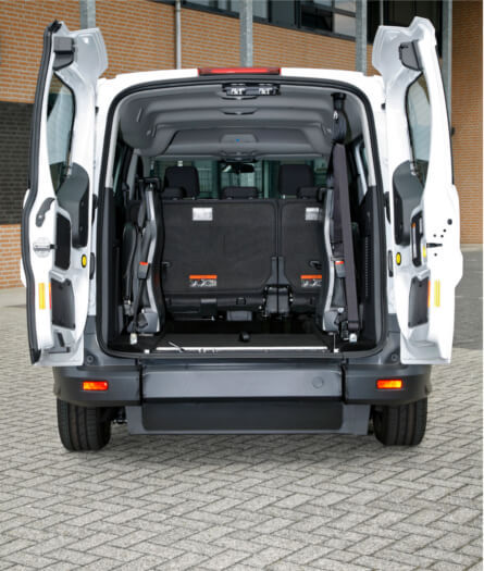 ford grand tourneo connect tripod mobility. Black Bedroom Furniture Sets. Home Design Ideas