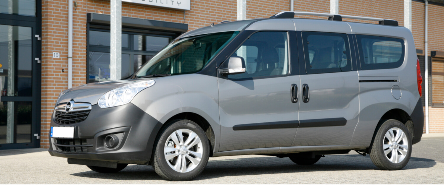 Opel Combo L2 wheelchair accessible vehicle