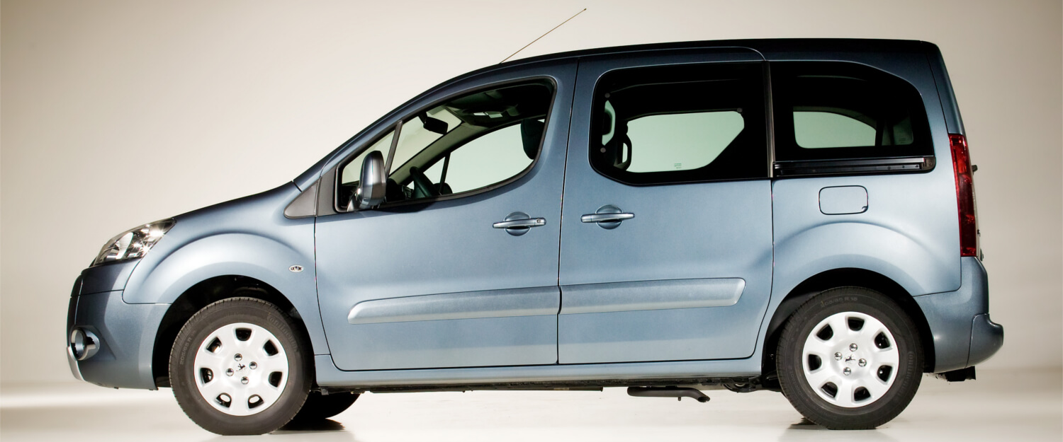 Peugeot partner wheelchair accessible vehicle