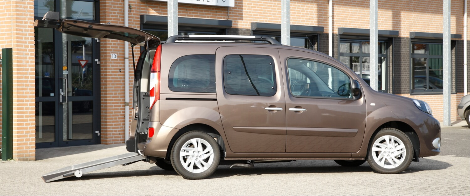 renault kangoo wheelchair accessible vehicle