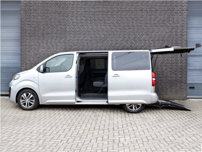 peugeot traveller expert combi tripod mobility. Black Bedroom Furniture Sets. Home Design Ideas