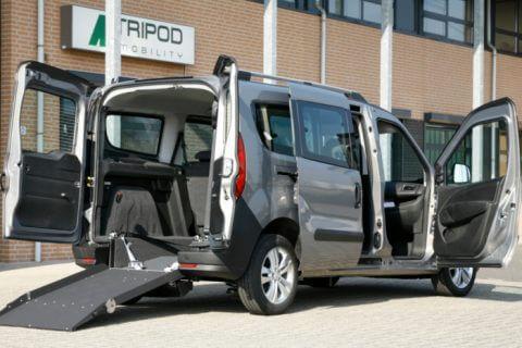Opel Combo L2 ramp open