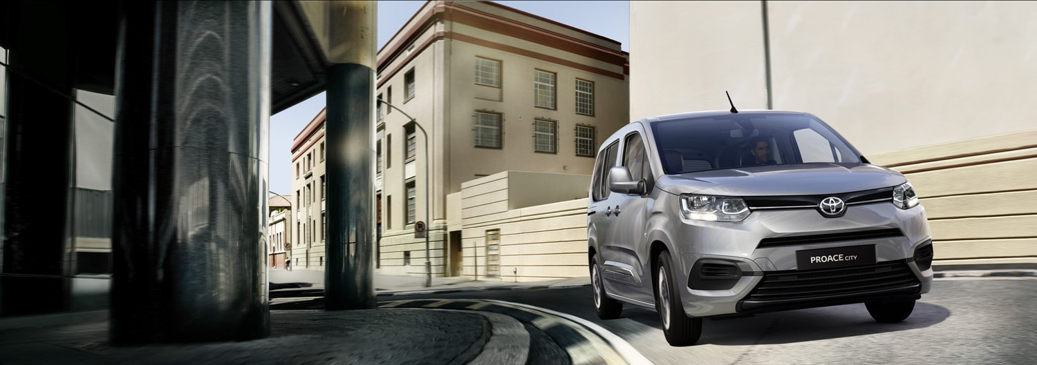 Banner Toyota Proace City Verso
